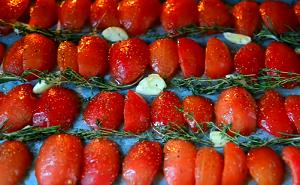 вяленые помидоры в духовке в домашних условиях
