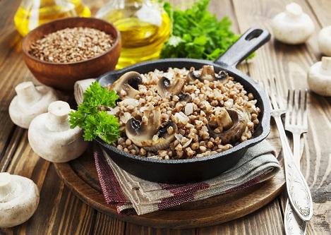 гречка с грибами и луком