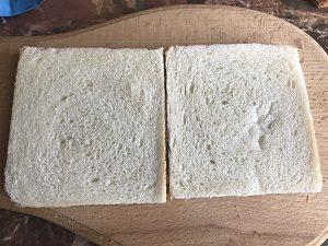 сэндвич с яйцом ветчиной и сыром