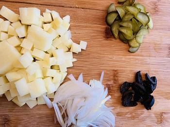 нарезка овощей для рыбной солянки