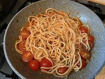 спагетти в томатном соусе рецепт